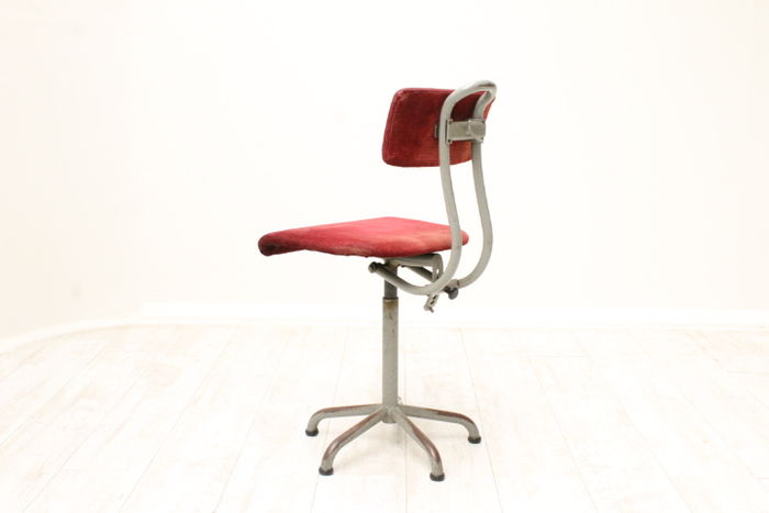 Vintage office chair catawiki for Bureau stoel