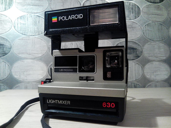 polaroid instant 1000 delux 1970s polaroid lightmixer 630 year unknown catawiki. Black Bedroom Furniture Sets. Home Design Ideas