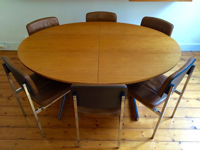 vintage oval dining table and 6 chairs catawiki. Black Bedroom Furniture Sets. Home Design Ideas