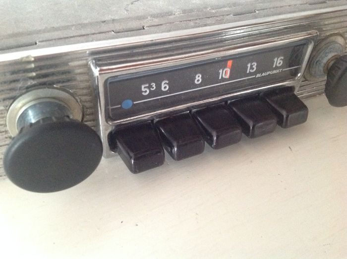 blaupunkt hamburg us oldtimer autoradio 1970. Black Bedroom Furniture Sets. Home Design Ideas