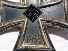 Original german Iron Cross 2nd Class. Awared by the Wehrmacht in the WWII for single act of bravery in combat, or military actions against the enemy that were clearly above and beyond the call of duty.