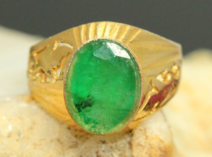 18 kt gold men s ring set with natural emerald 3 10 ct No reserve Catawiki