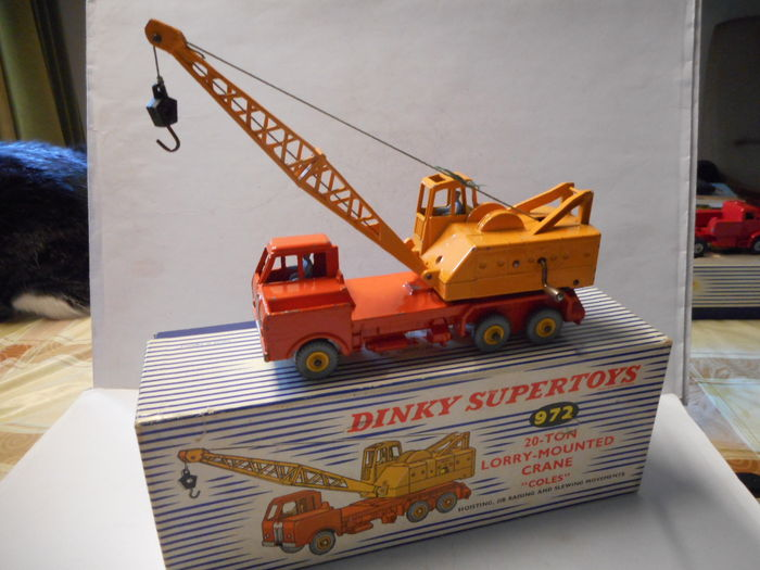 Toys That Are 48 20 : Dinky toys scale coles ton crane on truck