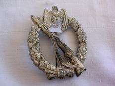 Germany - Original German Army Infantry General Assault Badge in silver - 1939