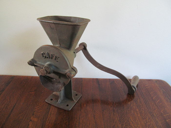 Heavy cast iron coffee grinder catawiki for Cast iron coffee