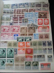 World - Extensive batch with loose stamps in glassines, albums and plastic box