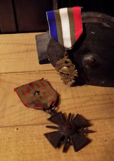 Lot of 2 medals: commemorative of the war 1914/18
