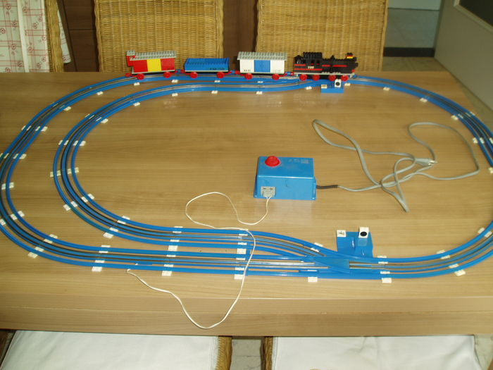 Trains 12v 720 Train With 12v Electric Motor Catawiki