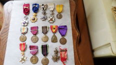 Lot with Belgian decorations. WWI and WWII