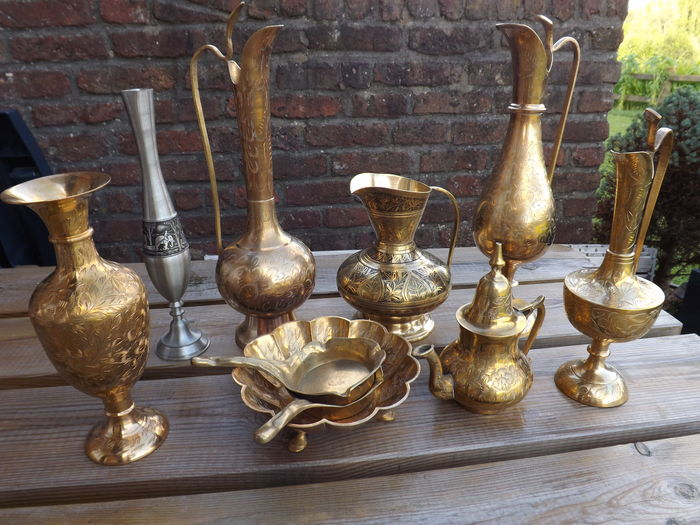 Lot with vase decorative jug brass pieces catawiki