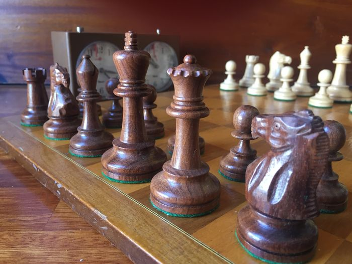 Super deluxe staunton 6 english chess set mid 20th century - Deluxe chess sets ...
