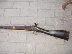 Muzzle-loader, one shot, probably made in the first half of 1800, French weapon, not working