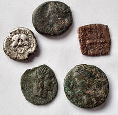 Greek Antiquity - Lot comprising 5 coins (Ag,MI,AE)