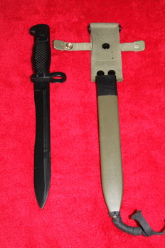 Bayonet FR 8 for Cetme C, Spain, Manufacturer: Toledo Steel, in new condition - 20th century