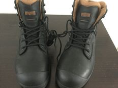 Magnum viper pro army boots size 42 new