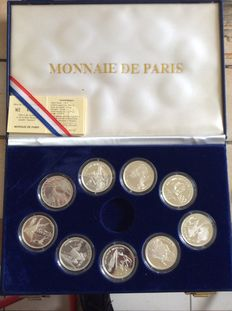 France - case jeux olympiques Albertville 1992 - 9 silver coins of 100 F with certificates