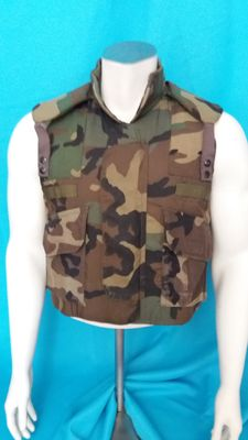 Camouflower Body Armor Vest of the American army