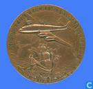 30 Jaar bestaan van KLM. Uitgereikt aan Personeel