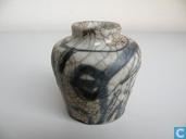 Chinesische Vase aus der Ming-Dynastie 1368-1644
