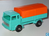 Model cars - Matchbox - Mercedes-Benz Truck