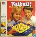 Board games - Valkuil - Valkuil Wie 'n kuil graaft voor een ander...