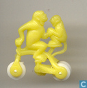 Monkey sur Tricycle