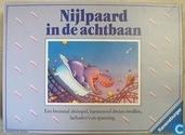 Nijlpaard in de achtbaan