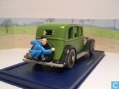 """Voitures miniatures - Atlas - De limousine van Mitsuhirato uit """"De Blauwe Lotus"""""""