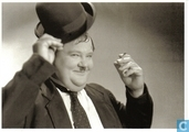 Postcards - Laurel and Hardy - P 387