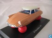 Modelauto's  - Vitesse - Citroën ID 19 'Op ballonnen'