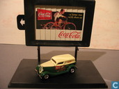 Modellautos - Johnny Lightning - Ford Delivery Van 'Coca-Cola'