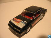 Modelauto's  - Johnny Lightning - Oldsmobile Hurst Olds 'Coca Cola'