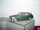 Model cars - Gems & cobwebs - Jaguar MK-2