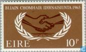 Timbres-poste - Irlande - Année de la coopération internationale