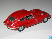 Modelauto's  - Corgi - Jaguar E-type 4.2 (red, spoked wheels)