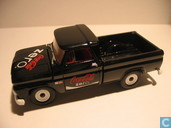 Voitures miniatures - Johnny Lightning - Chevrolet Truck 'Coca Cola'