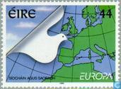 Postage Stamps - Ireland - Europe – Peace and freedom