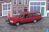 Voitures miniatures - Minichamps - Volvo 240 GL Estate