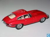 Model cars - Kyosho - Jaguar E-type