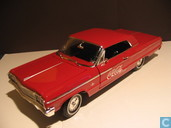 Modelauto's  - Johnny Lightning - Chevrolet Impala Coca-Cola