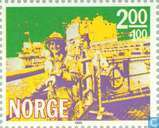Postage Stamps - Norway - 200 100 yellow / green