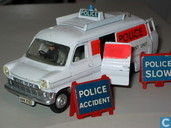 Modelauto's  - Dinky Toys - Ford Transit Police Accident Unit