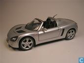 Modelauto's  - Maisto - Opel Speedster