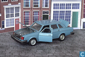 Voitures miniatures - Intercars - Volvo 244GL