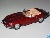 Model cars - Corgi - Jaguar E-type