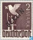 Postzegels - Berlijn - Zwarte opdruk