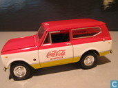 Model cars - Johnny Lightning - International Scout 'Coca-Cola'