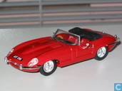 Model cars - Vanguards - Jaguar E-type 3,8 - Carmen Red (40th Anniversary)