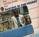 Vinyl records and CDs - Lewis, Ramsey - Dancing in the street