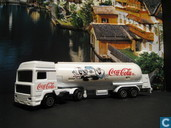 "Model cars - Majorette - Volvo F16 ""Coca Cola"""